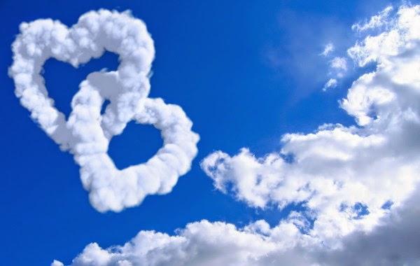 Thơ lục bát họa ảnh đám mây tạo hình trái tim