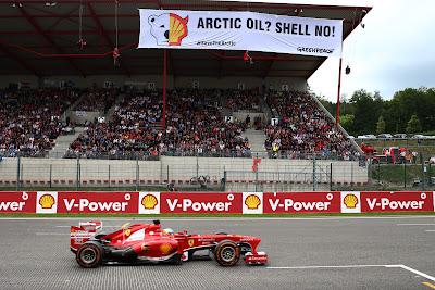 акция Greenpeace против Shell на Гран-при Бельгии 2013