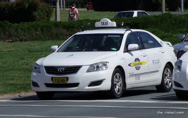 canberra taxi