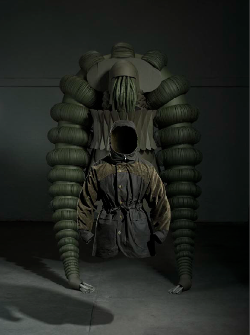 Theatre de la Mode Nonpareil Sculptures [men's fashion]