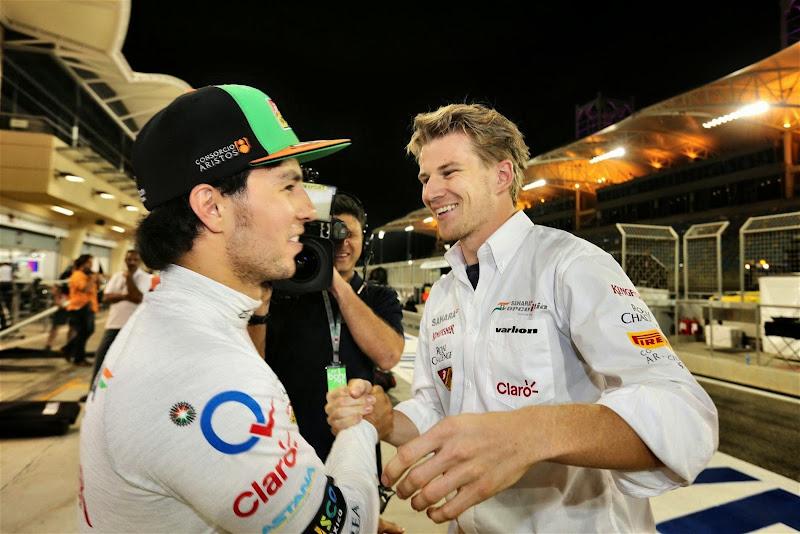 Серхио Перес и Нико Хюлькенберг поздравляют друг-друга на Гран-при Бахрейна 2014
