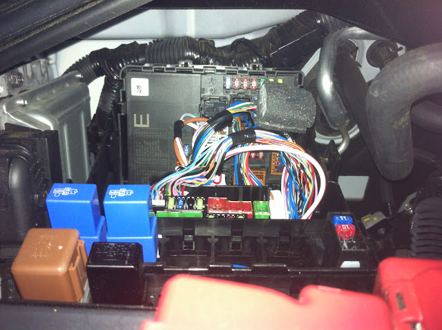 photo%25201 trailer running lights, 2012 titan nissan titan forum 2012 nissan frontier fuse box diagram at crackthecode.co