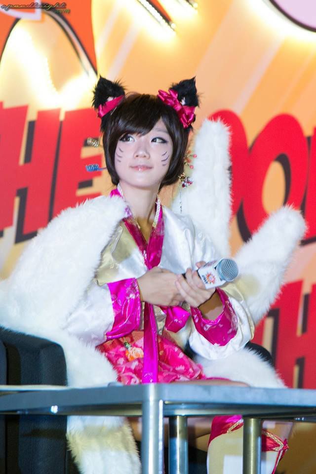 Miyuko khoe cosplay Ahri tại STGCC 2013 - Ảnh 8