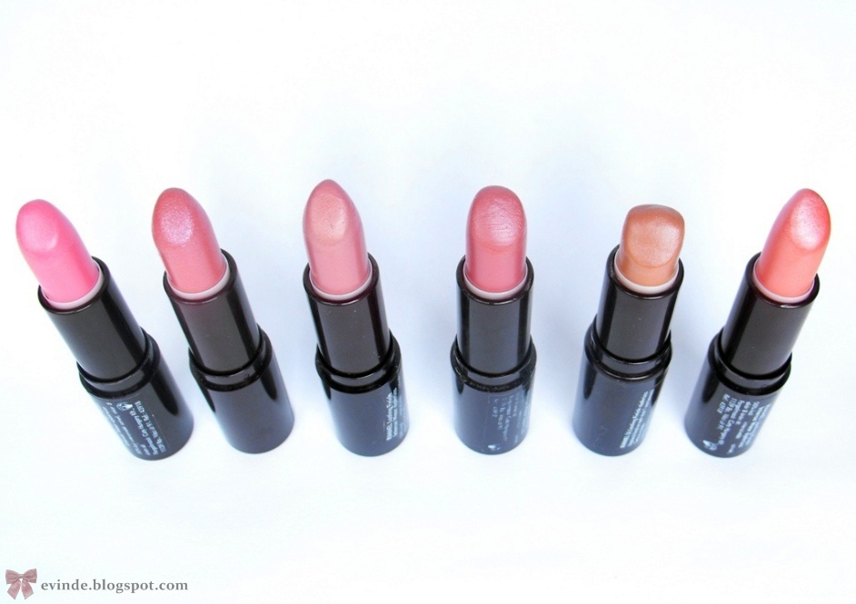 Couture Carrie: Rimmel London Lipstick Giveaway!