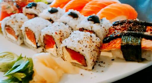 Orymaki Sushi House & Delivery, Av. Monteiro Tourinho, 158 - Bacacheri, Curitiba - PR, 82600-000, Brasil, Restaurante, estado Parana