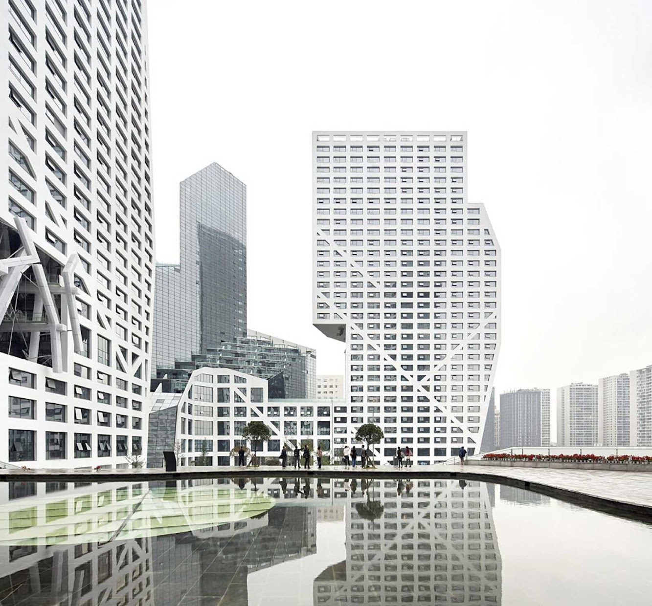Chengdu, Sichuan, Cina: Sliced Porosity Block by Steven Holl