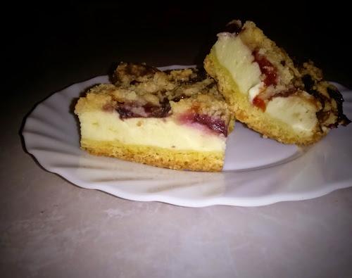Sernik śliwki kruszonka ciasto deser