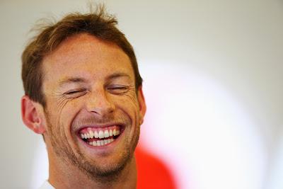 радостный Дженсон Баттон на Гран-при Австралии 2013