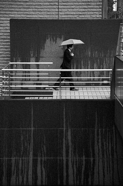 Shinjuku Mad - Counting seconds between lightning and thunder 06