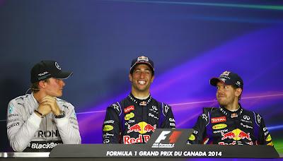 сияющий Даниэль Риккардо между Нико Росбергом и Себастьяном Феттелем на пресс-конференции после гонки на Гран-при Канады 2014