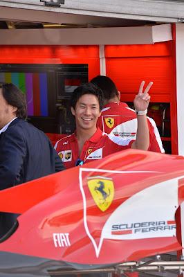 Камуи Кобаяши в боксах Ferrari на Гран-при Монако 2013