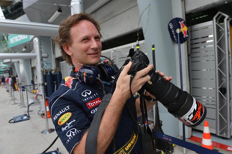 фотограф Кристиан Хорнер на Гран-при Малайзии 2013