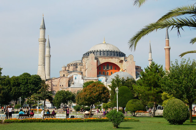 Турция: Мечеть в Стамбуле.
