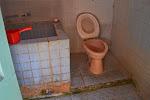 schludna dzielona łazienka (?)