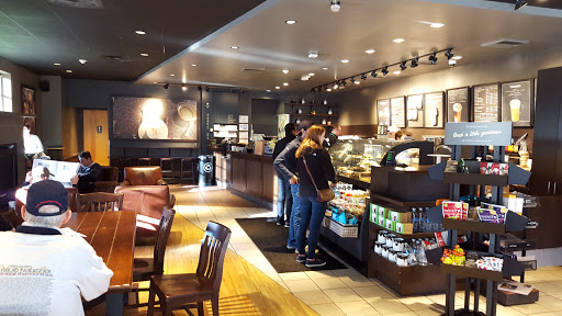 the norm starbucks sixty million customers 60 reviews of starbucks i always go to this but they didn't really interact with customers which makes sense when it's like negative one million.