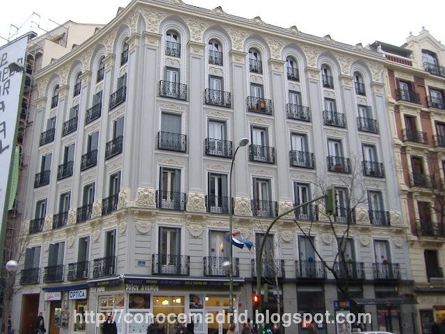 Conocer madrid barrio de almagro for Oficinas ono madrid