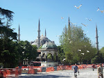 İstanbul, Sultanahmet meydanı, Alman Çeşmesi ve Sultanahmet camisi (İstanbul, Sultanahmet square, Prusia fountain for Emp. 2. Wilhelm b. 1901 and Blue Mosque - Sultanahmet Mosque)