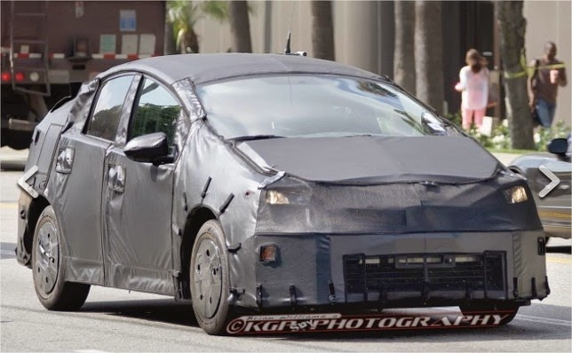2016 toyota prius changes