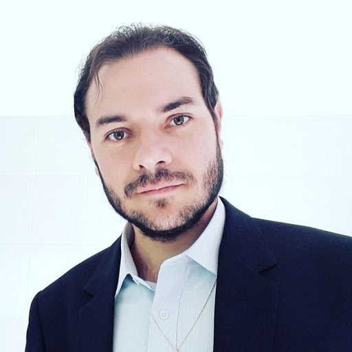 Foto de Paulo Sebin, especialista em consultoria de SEO Google nas redes sociais