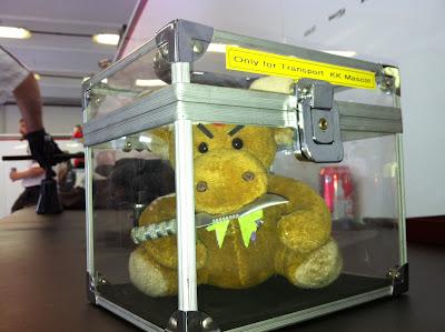 ящик для талисмана Камуи Кобаяши на Гран-при Венгрии 2011