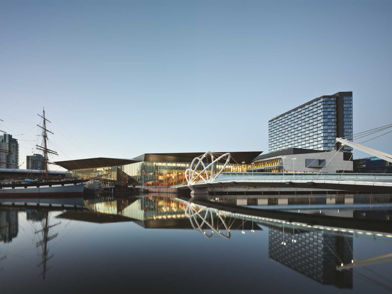 Melbourne Victoria, Australia: Melbourne Convention And Exhibition Centre by Woods Bagot