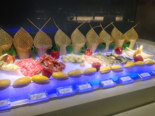 Seafood on ice, ready to be cooked on the Teppanyaki