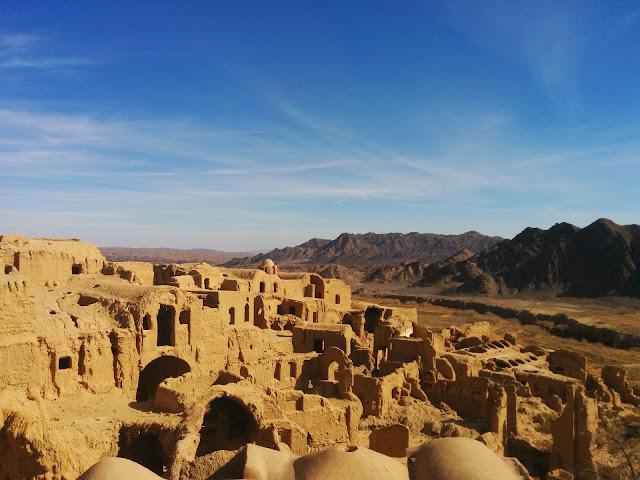 Abandoned desert city of Kharanaq