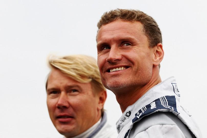 бывшие напарники по McLaren Мика Хаккинен и Дэвид Култхард на Нюрбургринге в дни уикэнда Гран-при Германии 2011
