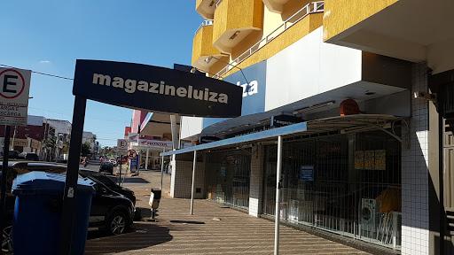 Magazine Luiza Industrial de Paracatu - Loja 234, Joaquim Murtinho, 226 - Industrial, Paracatu - MG, 38600-000, Brasil, Loja_de_aparelhos_electrónicos, estado Minas Gerais