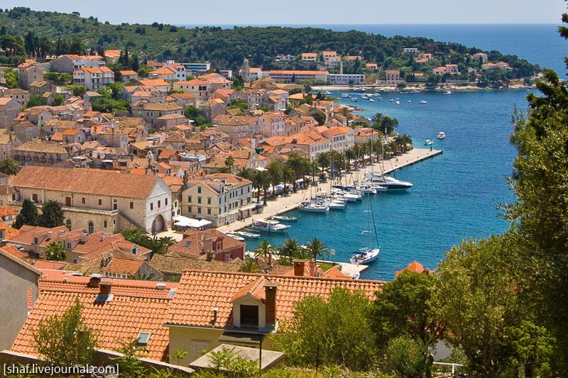 Хорватия, Хвар, вид на город с Испанской крепости
