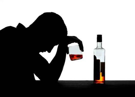 Những bài thơ ngồi uống rượu một mình với tâm trạng buồn