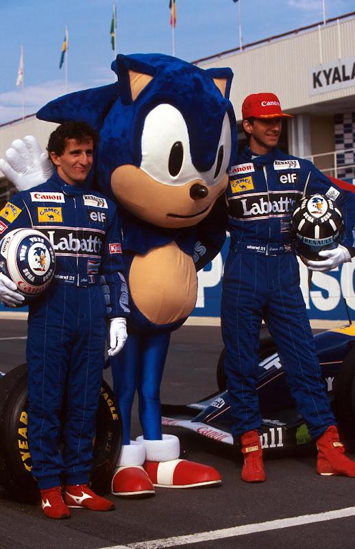 Алан Прост и Деймон Хилл с Sonic-ом на Гран-при ЮАР 1993