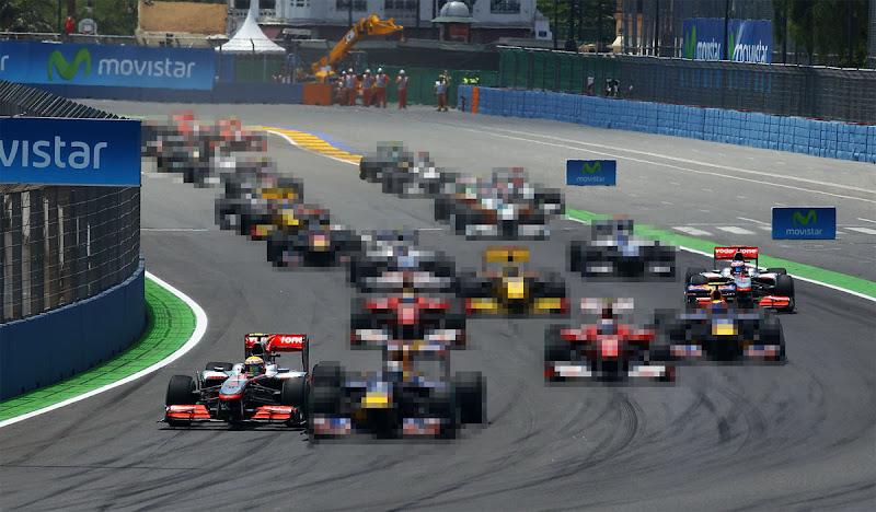 фотошоп все болиды кроме McLaren в квадратиках by ml52
