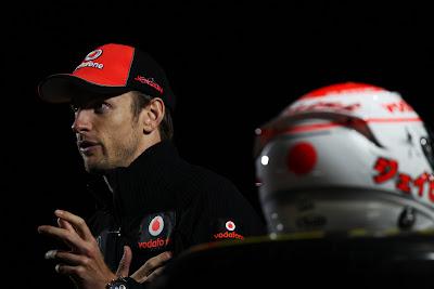 Дженсон Баттон дает интервью BBC на Сузуке в дни уикэнда Гран-при Японии 2011