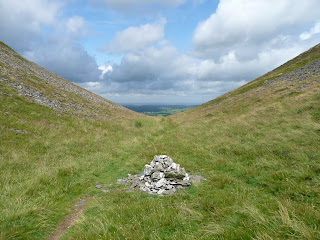 Cairn at Trusmadoor Pass