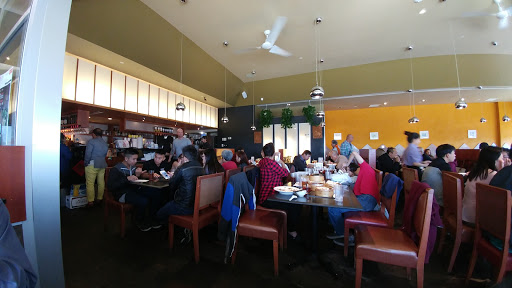 Pebble Street, 999 36 St NE #220, Calgary, AB T2A 6K5, Canada, Chinese Restaurant, state Alberta