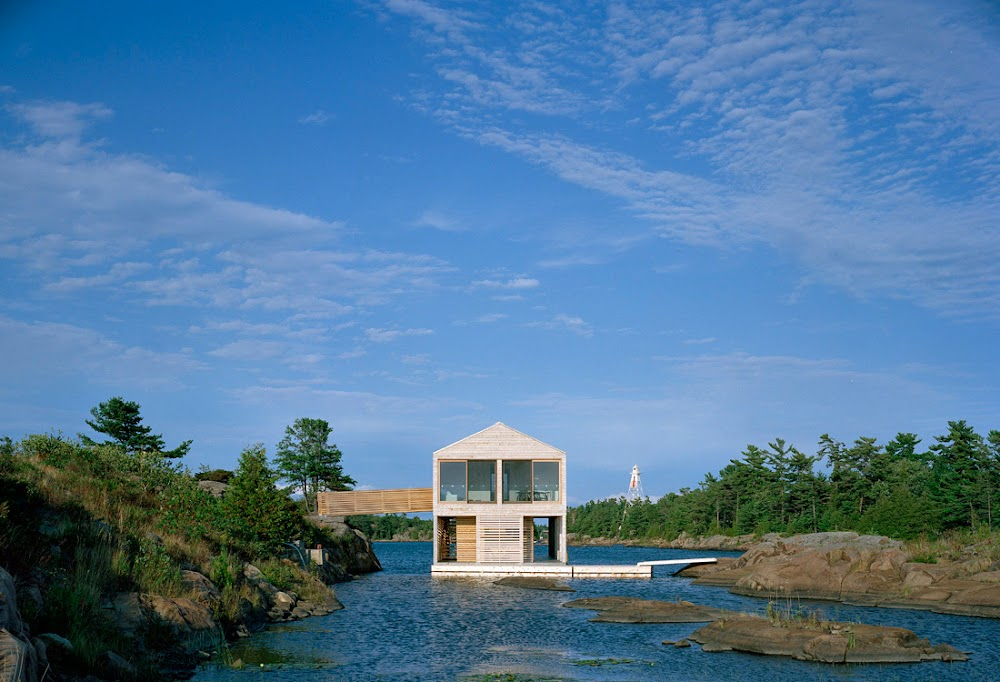 Floating House | Cult Architecture