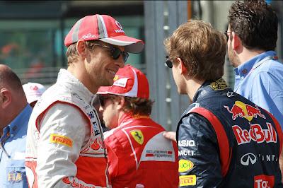 Дженсон Баттон и Себастьян Феттель на фотоссессии Гран-при Австралии 2012