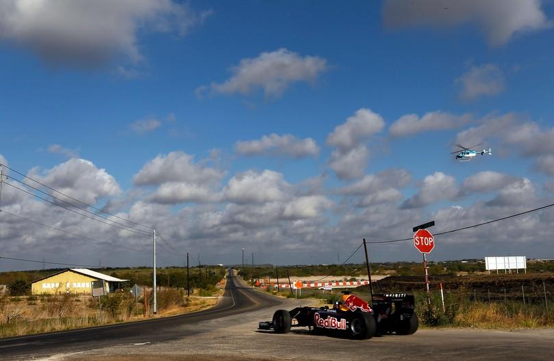 Дэвид Култхард в Red Bull на выезде с Трассы Америки в Остине