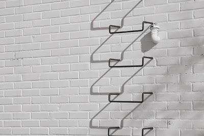 階梯式存錢法 善用10塊錢,每年多存1萬塊
