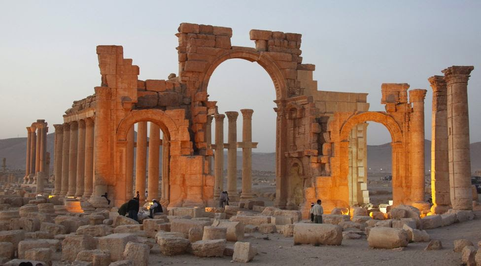 Near East: ISIS sets eyes on Syrian site of Palmyra