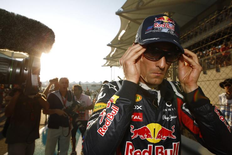 Марк Уэббер перед гонкой на Гран-при Абу-Даби 2011