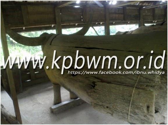 patung tedong tedong tampak dari belakang mamasa