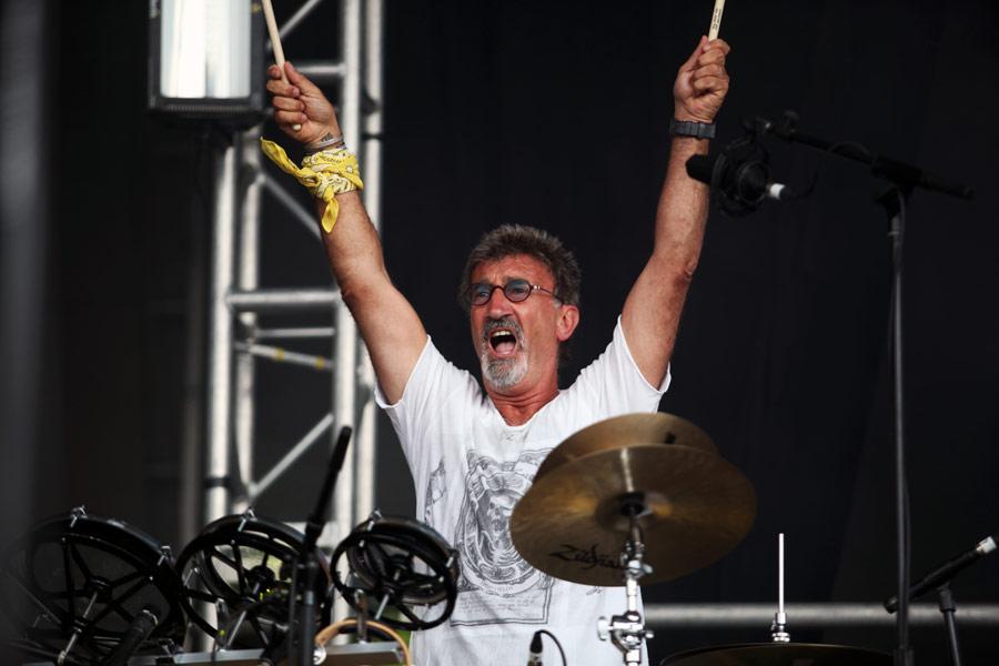 Эдди Джордан на послегоночном концерте Гран-при Великобритании 2011