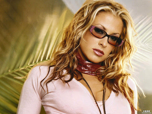 Anastacia - Click here to view Full Image