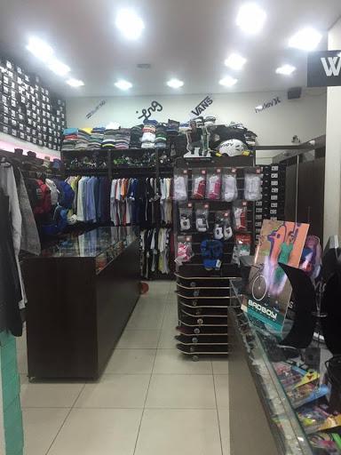 loja Adrenalina, R. Maj. Claudiano, 2139 - Centro, Franca - SP, 14400-690, Brasil, Loja_de_artigos_desportivos, estado São Paulo