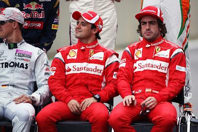 Михаэль Шумахер Фелипе Масса Фернандо Алонсо Интерлагос на фотосессии пилотов на Гран-при Бразилии 2011