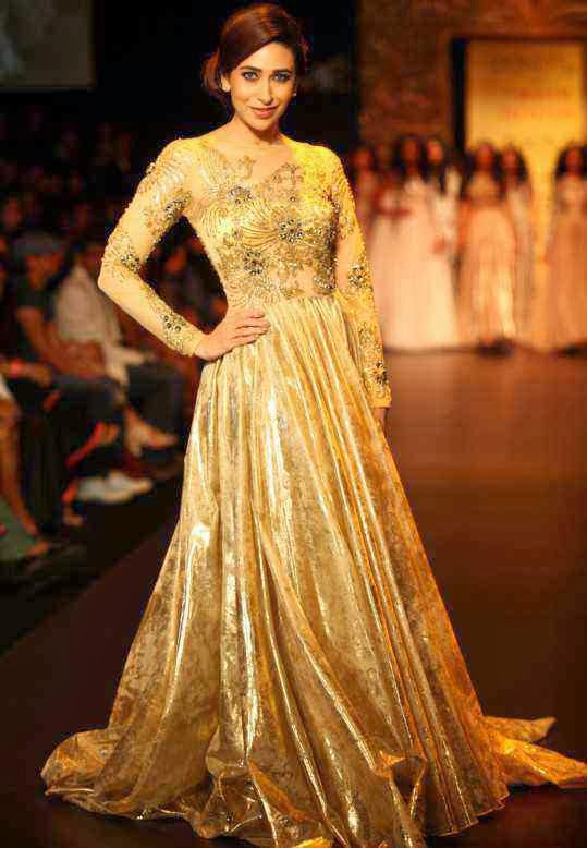 Lakme India Fashion Week - Bollywood Fashion Trend of Sleek Pulled Back Hair Worn By Karisma Kapoor