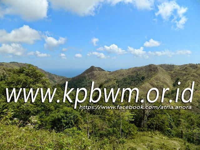 pemandangan gunung menuju dusun ratte pamboang