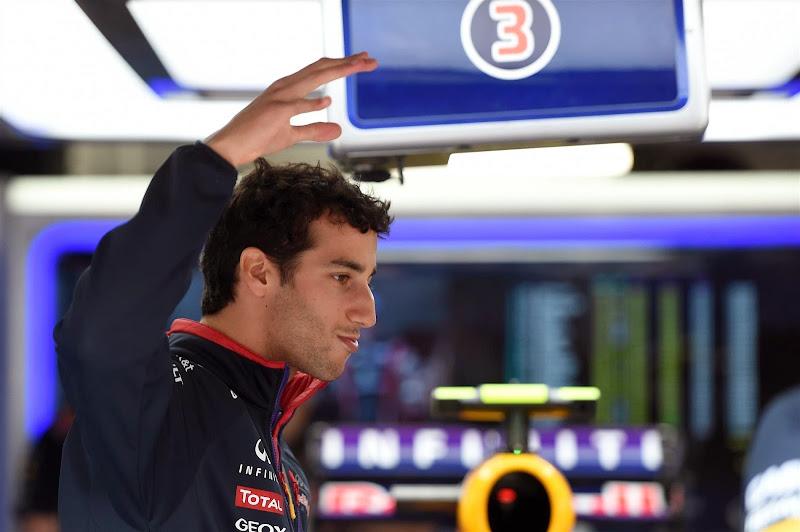 ругающийся Даниэль Риккардо на Гран-при Монако 2014